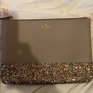 Handbags - Makeup Kate spade bag